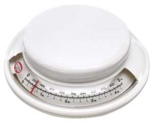 Dr. Oetker Backwaage Ø 17 cm, analoge Haushaltswaage, Waage für präzises Abwiegen